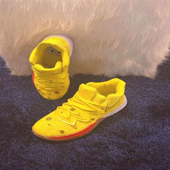 Kyrie 5 Spongebob Squarepants  Yellow/Red  Size 6.5y Gentle worn indoors for a hour awards assembly